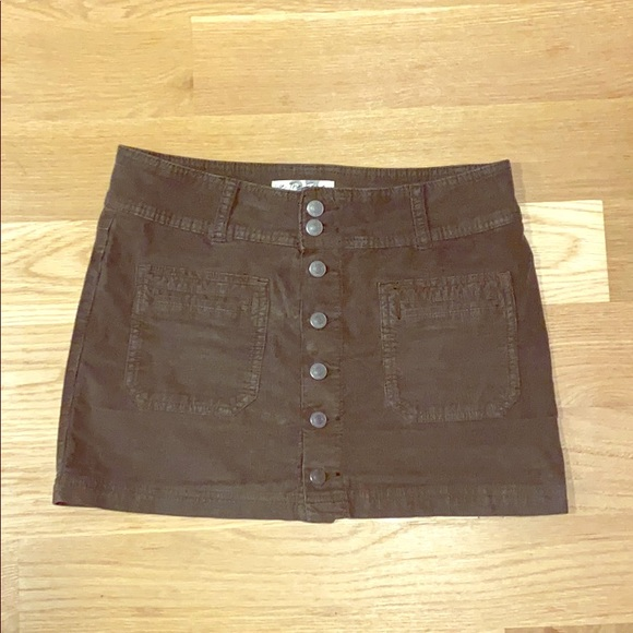 Free People Dresses & Skirts - Free People olive green corduroy skirt. Size 27